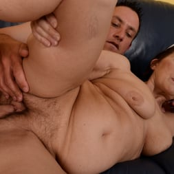 Margo T. in '21Sextury' Cock-hungry GILF (Thumbnail 150)