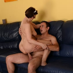 Margo T. in '21Sextury' Cock-hungry GILF (Thumbnail 180)