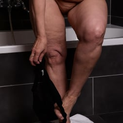 Margo T. in '21Sextury' Soaking Wet GILF (Thumbnail 14)