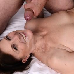 Margo T. in '21Sextury' Soaking Wet GILF (Thumbnail 210)