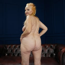 Marianne in '21Sextury' Happiness Online (Thumbnail 7)