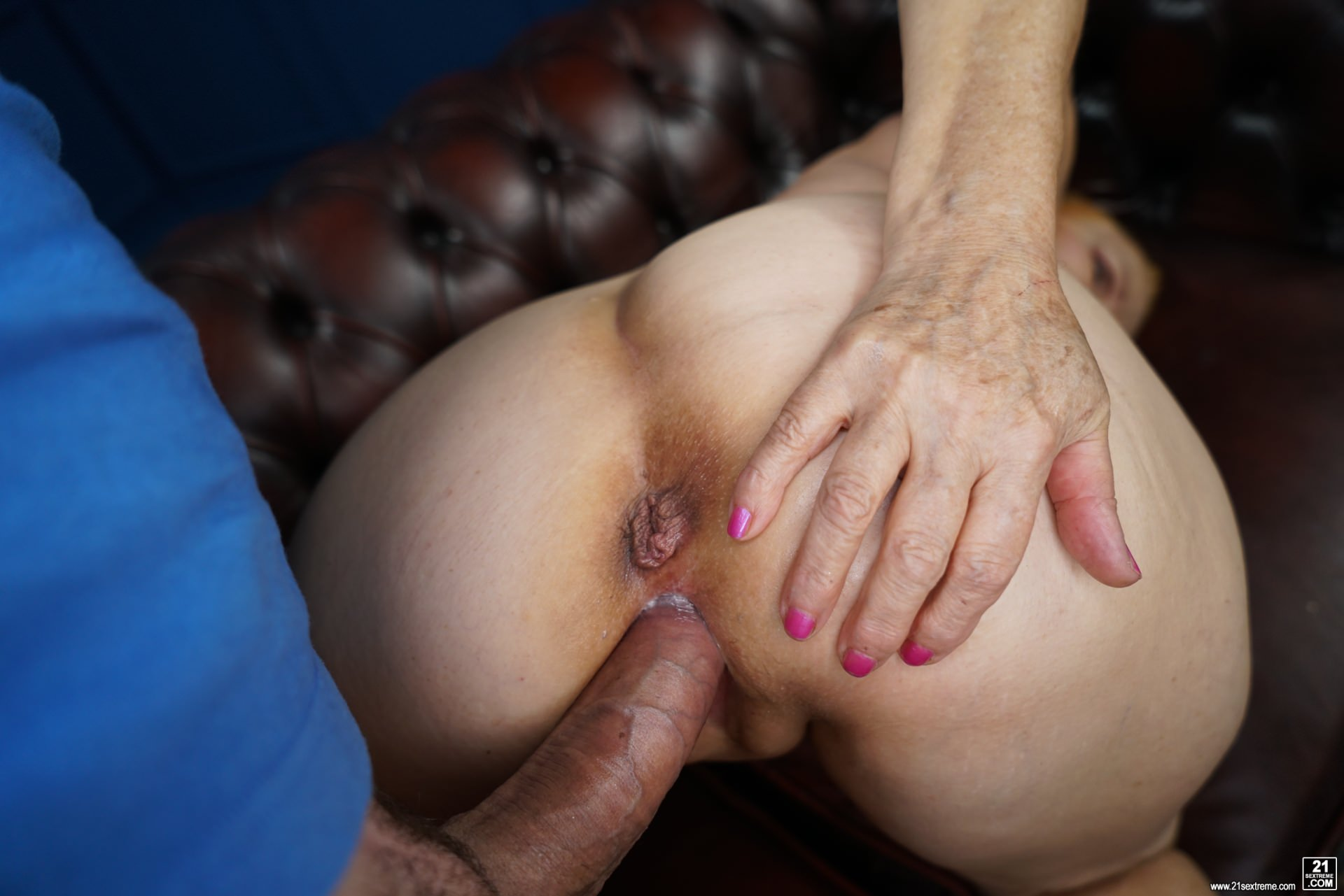 21Sextury 'Happiness Online' starring Marianne (Photo 84)