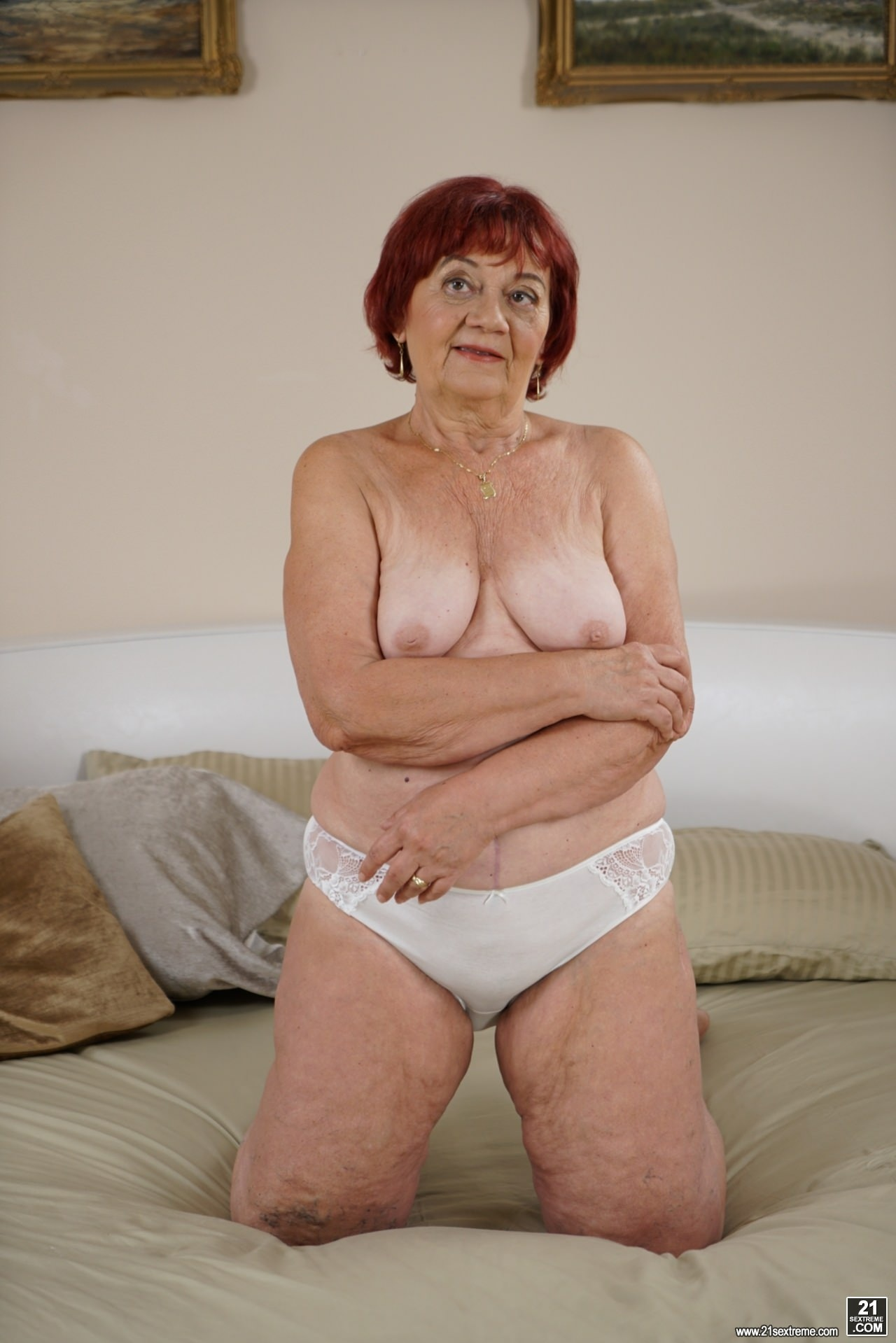 21Sextury 'Clean, Old And Sexy' starring Marsha (photo 1)