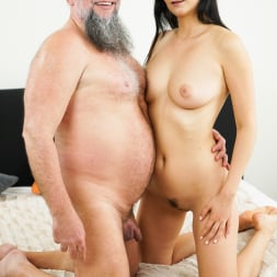 Melody Mae in '21Sextury' Don't Let It End (Thumbnail 1)