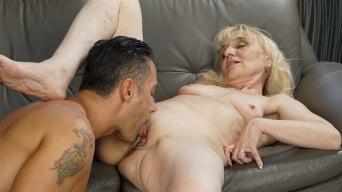 Nanney in 'Grandma Loves Muscles'