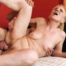 Nanney in '21Sextury' Grandma's Creampie (Thumbnail 117)