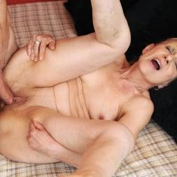 Nanney in '21Sextury' Grandma's Creampie (Thumbnail 181)