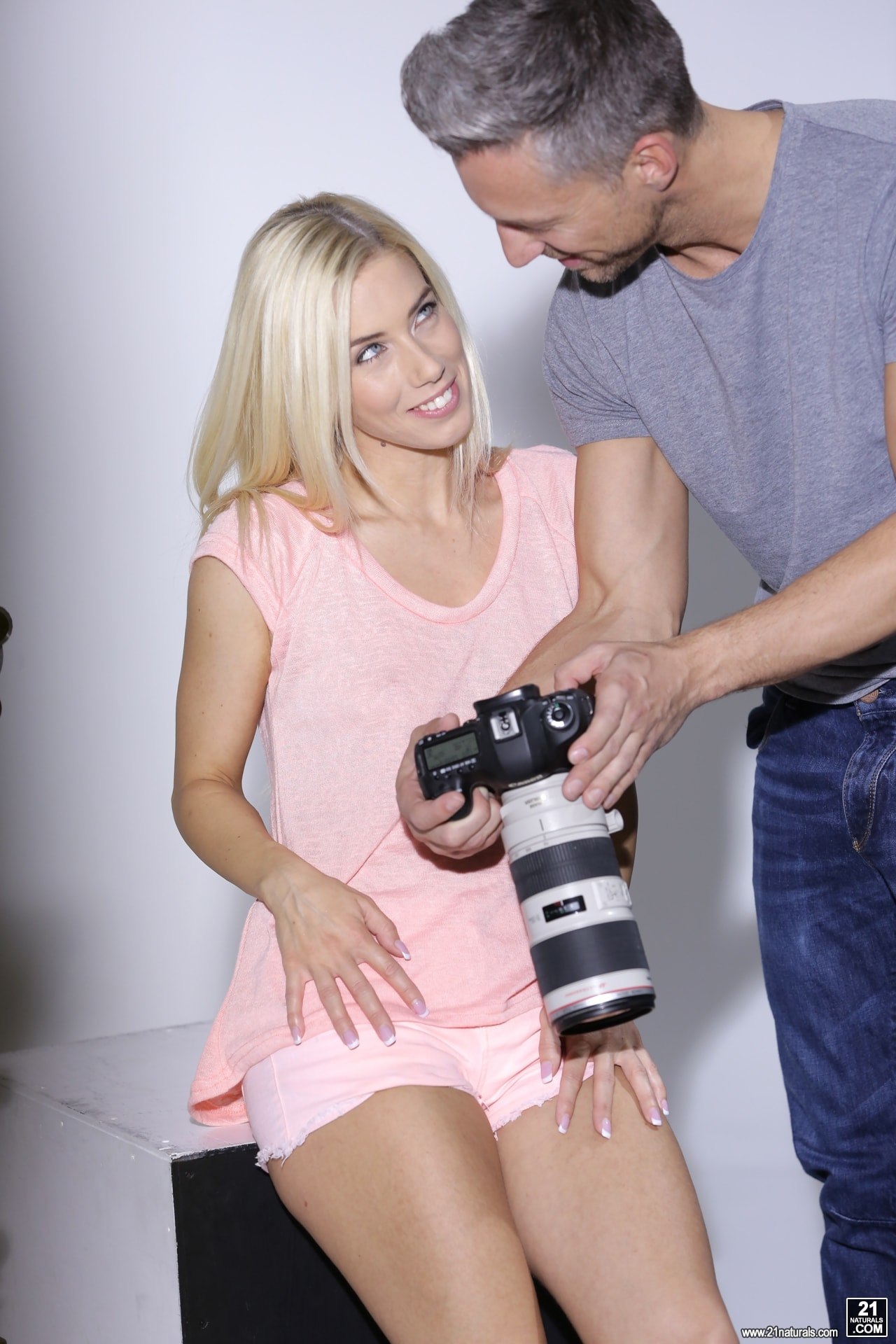 21Sextury 'Photo Shoot Banging' starring Nesty (Photo 20)