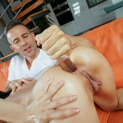 Nicole Love in '21Sextury' Filling Her Rectum With Cock (Thumbnail 70)