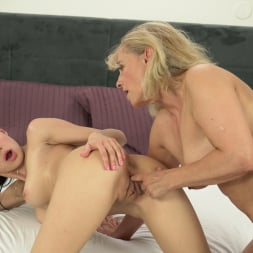 Nicole Love in '21Sextury' Old Fashioned Rimming (Thumbnail 105)