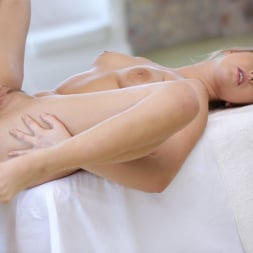 Nikki Dream in '21Sextury' Erotic Anal Relief (Thumbnail 143)