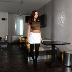 Nikki Waine in '21Sextury' Online Love (Thumbnail 1)