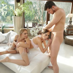 Nikky Thorne in '21Sextury' 2 Butts 1 Cock! (Thumbnail 48)