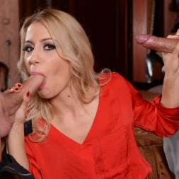 Nikky Thorne in '21Sextury' Caught Between Two Cocks (Thumbnail 30)