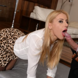 Nikky Thorne in '21Sextury' Sharing Her Secrets (Thumbnail 80)