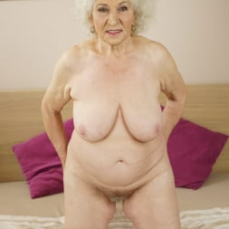 Norma in '21Sextury' Granny's Hairy Pussy (Thumbnail 8)