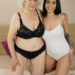 Norma in '21Sextury' Granny's Hairy Pussy (Thumbnail 16)