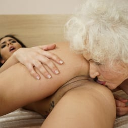 Norma in '21Sextury' Granny's Hairy Pussy (Thumbnail 80)