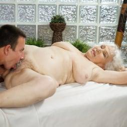 Norma in '21Sextury' Magic Hands (Thumbnail 42)