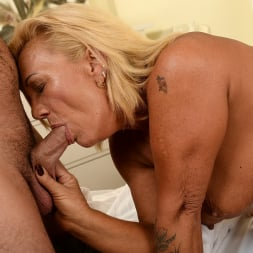 Orhidea in '21Sextury' Seducing the Young (Thumbnail 28)