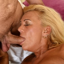 Orhidea in '21Sextury' Seducing the Young (Thumbnail 97)