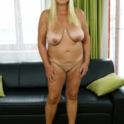 Pam Pink in '21Sextury' Come Play With Granny (Thumbnail 32)