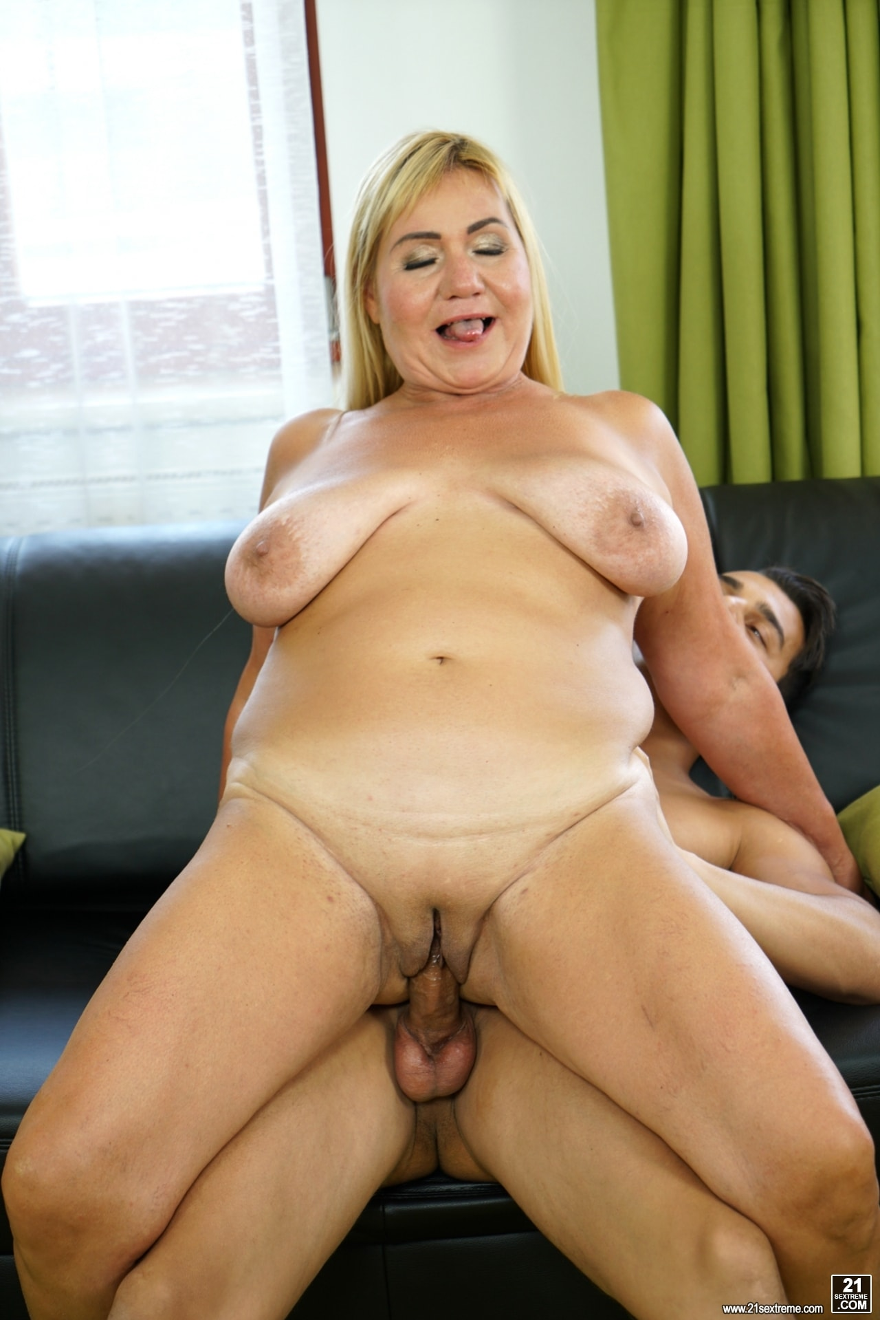 21Sextury 'Come Play With Granny' starring Pam Pink (Photo 128)