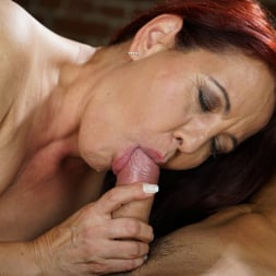 Red Mary in '21Sextury' Granny's Glass Dildo (Thumbnail 60)