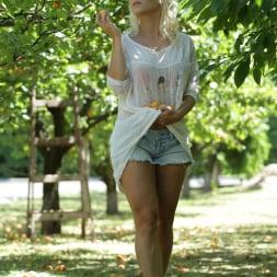 Rossella Visconti in '21Sextury' The Forbidden Fruit (Thumbnail 13)