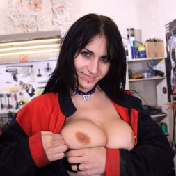 Roxy Taggart in '21Sextury' Ready For A Ride (Thumbnail 2)
