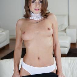 Sandra Wellness in '21Sextury' Sofa Esperenza (Thumbnail 20)