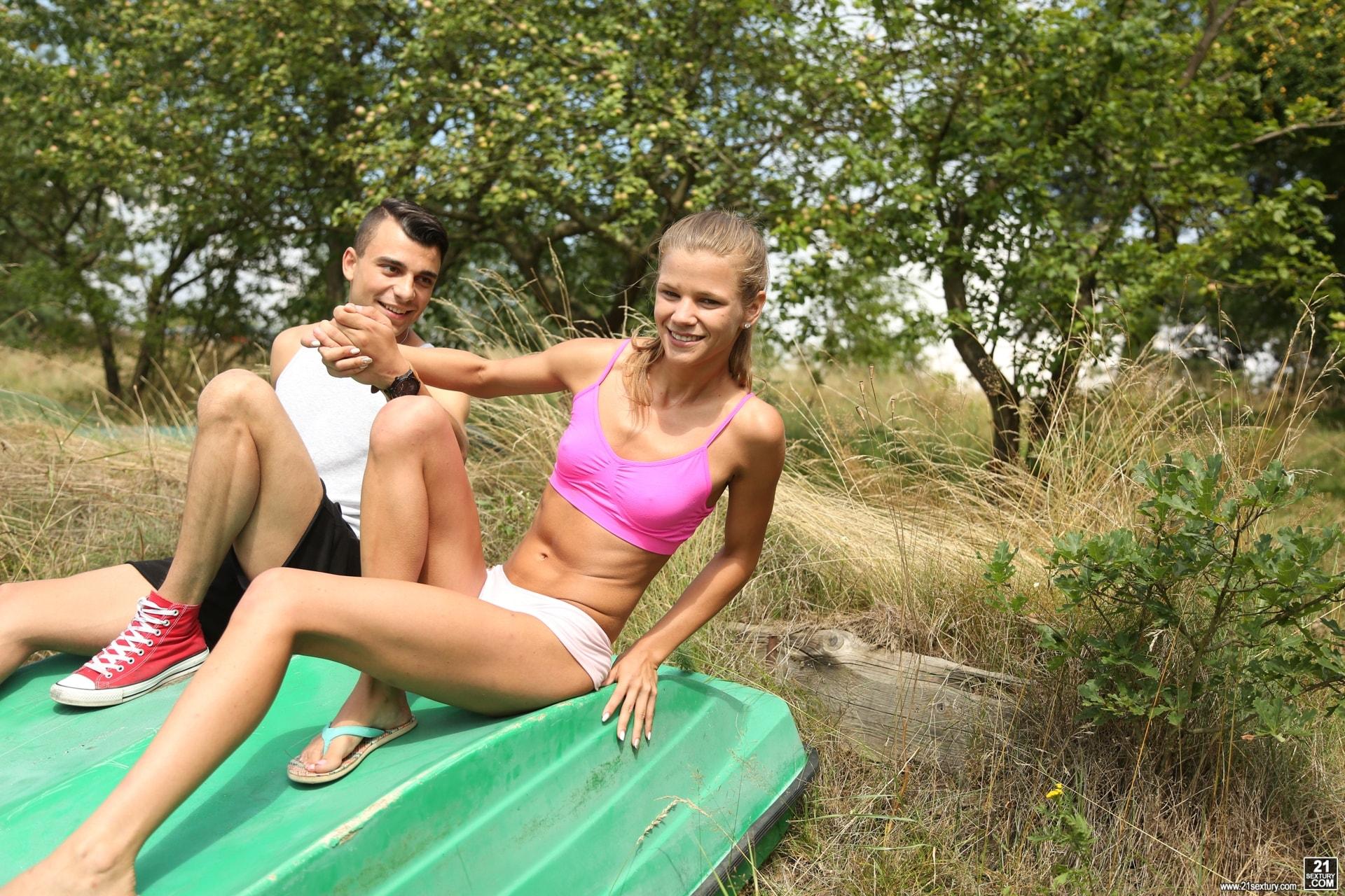 21Sextury 'House Boat Full of Teens' starring Sara Kay (Photo 6)