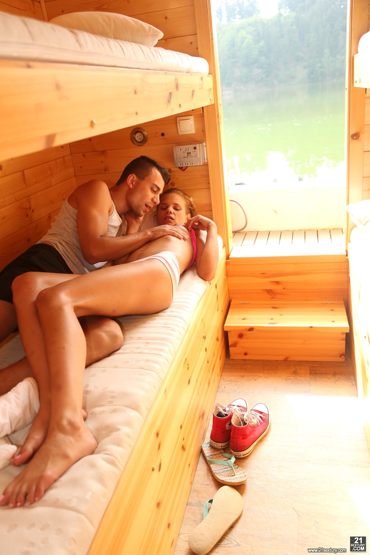 21Sextury 'House Boat Full of Teens' starring Sara Kay (Photo 10)