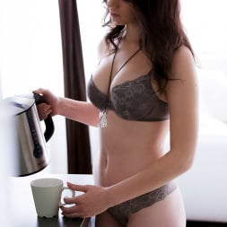 Sarah Highlight in '21Sextury' Rise And Shine With Sarah Highlight (Thumbnail 1)