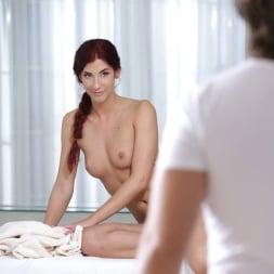 Shona River in '21Sextury' Sensual Oil Massage (Thumbnail 20)