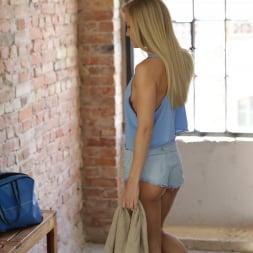 Sicilia in '21Sextury' Beauty in Shorts (Thumbnail 10)
