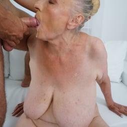 Sila in '21Sextury' Lustful Golden Girl (Thumbnail 285)