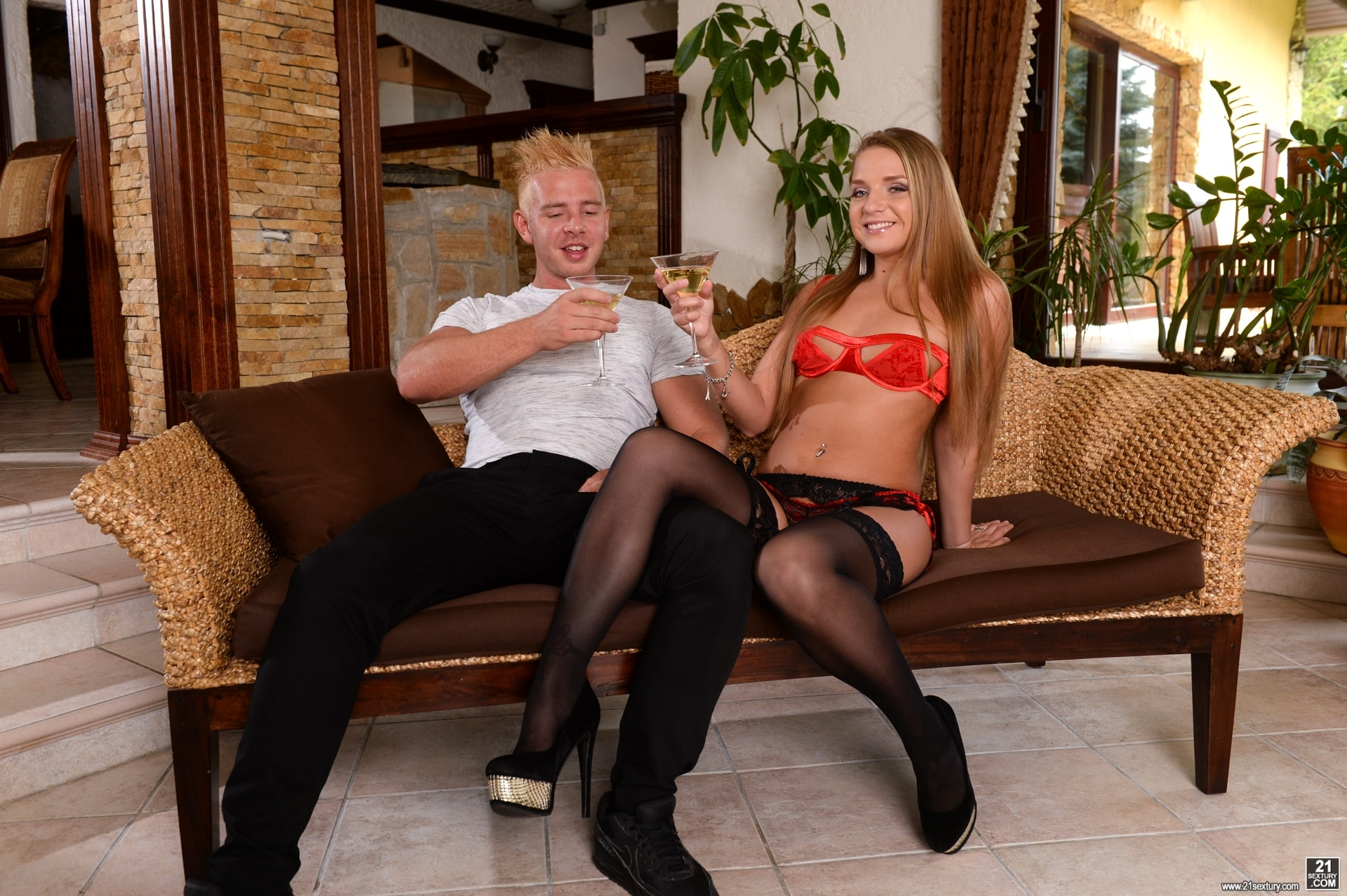 21Sextury 'Make Sure Your Wife's Out...Or Not!' starring Sofi Goldfinger (Photo 66)