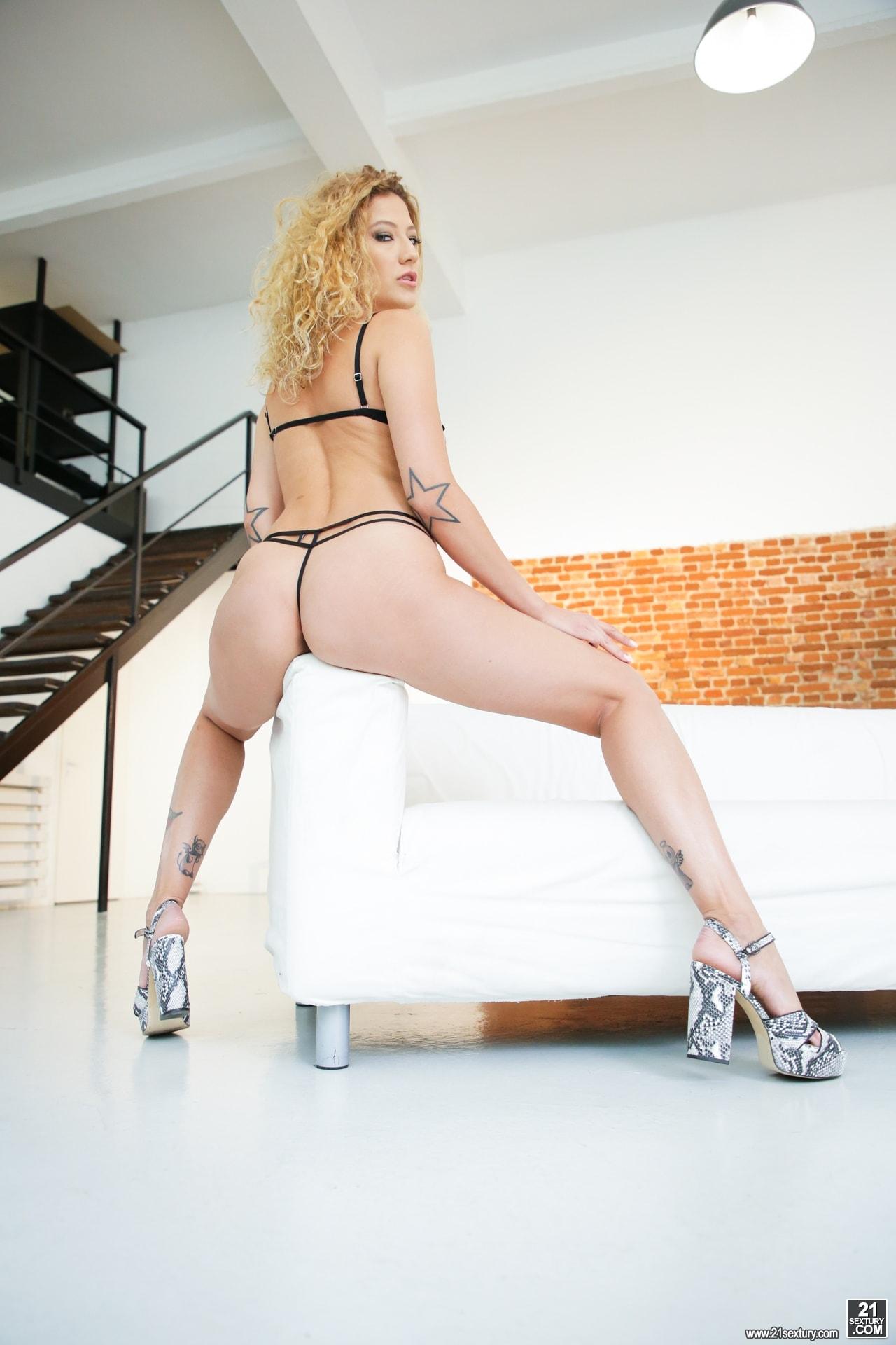 21Sextury 'Stasy's Ass' starring Stasy Rivera (Photo 28)