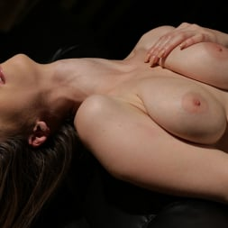 Stella Cox in '21Sextury' Naughty Muse (Thumbnail 105)