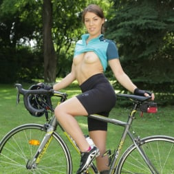 Tiffany Doll in '21Sextury' A Packed Lunch (Thumbnail 18)