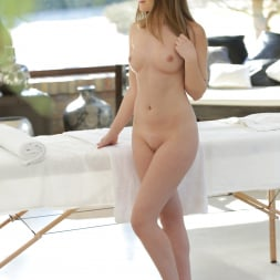 Tiffany Tatum in '21Sextury' Massage With A Happy Ending (Thumbnail 1)