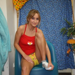 Tracy Gold in '21Sextury' Squirting Blonde (Thumbnail 2)