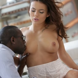 Vanessa Decker in '21Sextury' Interracial Loving (Thumbnail 26)