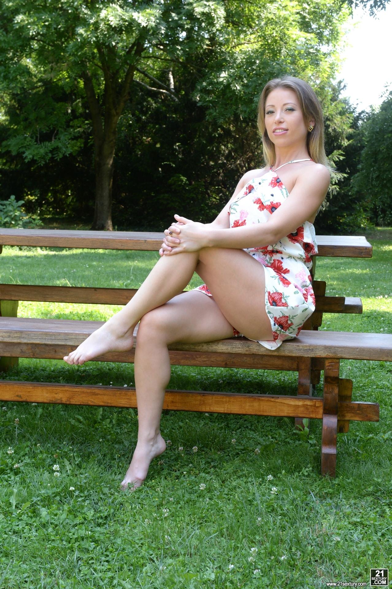 21Sextury 'Natural Flavour' starring Vera Wonder (Photo 1)
