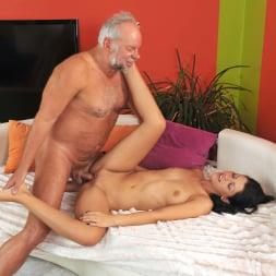 Vivien Bell in '21Sextury' Grandpa's After Pool Screw (Thumbnail 132)