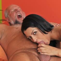 Vivien Bell in '21Sextury' Grandpa's After Pool Screw (Thumbnail 143)